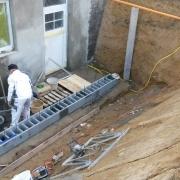 Bild 3 Neubau Kelleraußentreppe mit Betonschalungssteinen